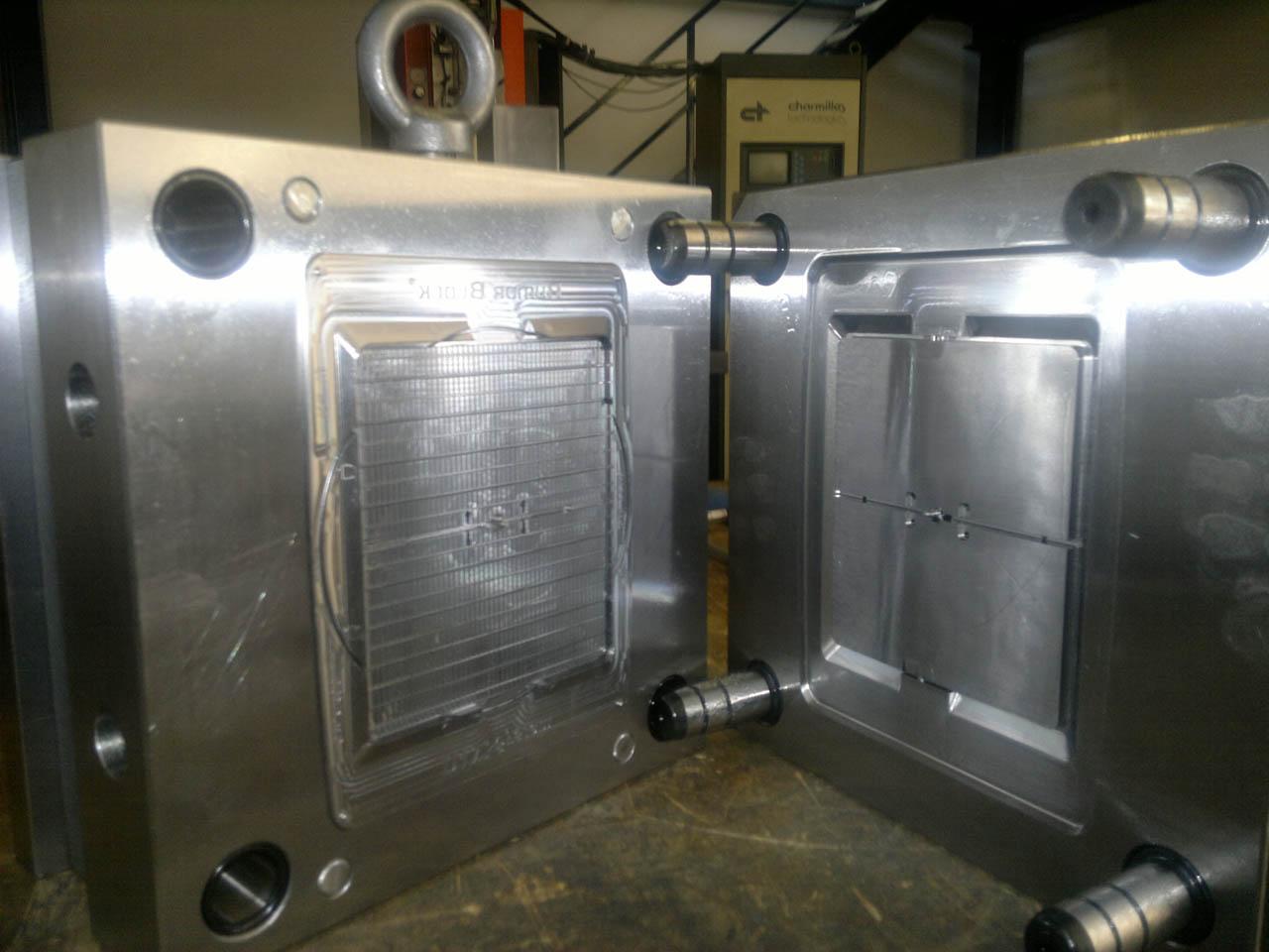 Stampo industriale per griglia di ventilazione